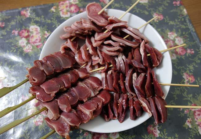 豚タン・豚ハツ・鶏砂ズリのやきとん・焼鳥屋に来た気分で家呑み串焼きデー