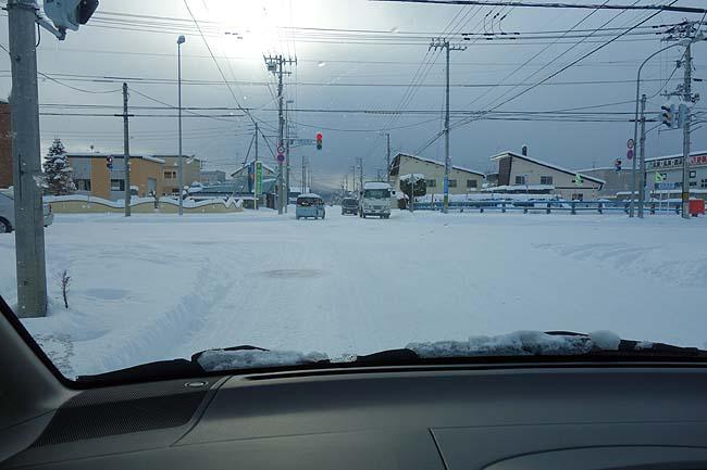 とうとう最高気温が-4度・・・雪に覆われた旭川でおっかなびっくりの車走行