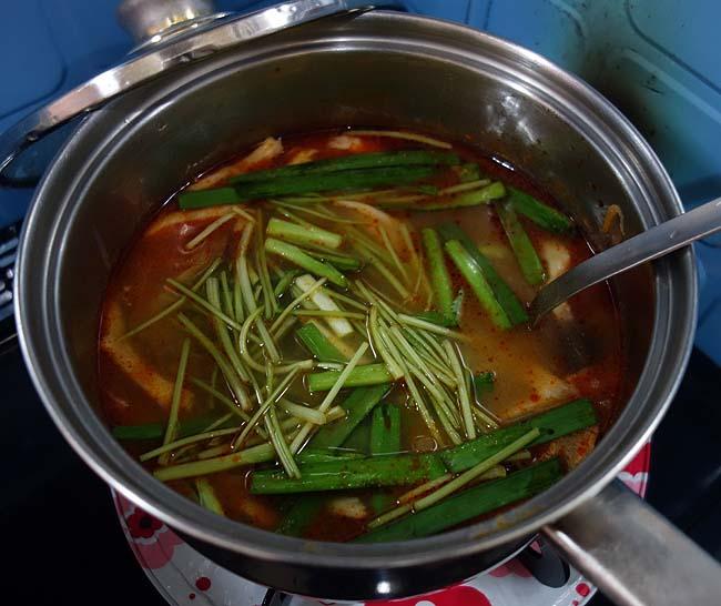 男節約簡単タイ料理!ガバオライスとトムヤンクンはこれでお手軽に作れるわ