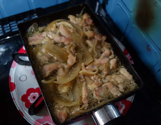 全てのベースのツユの味は一緒でええの?なので親子丼・かつ丼・牛丼の3種を食べ比べ!