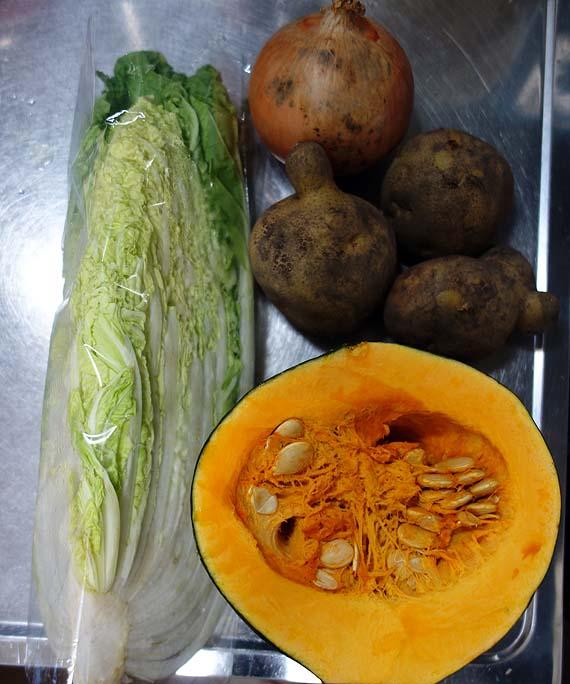 ポトフスープを作るつもりが・・・かぼちゃ入れ過ぎてパンプキンスープになってしもた