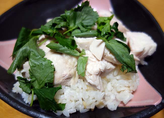 今回はタイ料理に初挑戦!カオマンガイとトムヤンクンをできるだけお手軽に調理♪