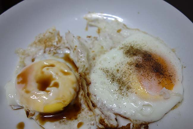 「目玉焼き」・・・単純グルメですがこの料理ほど人の好みが分かるものはない!