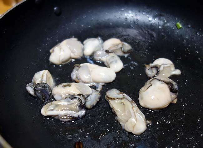 北海道で是非とも作りたい!関西風お好み焼き♪たっぷり牡蠣のかきおこを作ろうとしたが・・・