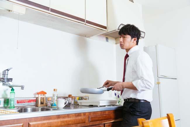 ミニマリスト・貧乏生活をするうえで冷凍スペースの比率が大きい冷蔵庫ってない?