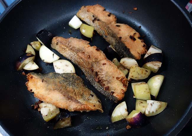 フレンチ風の鮭のムニエルを作ってみたい!白ワインアンチョビソースも自作してみます♪