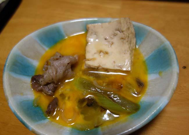 すき焼きって食い物は晩酌を豪華に演出しませんか?半額牛肉にて割下自家製で作ってみました
