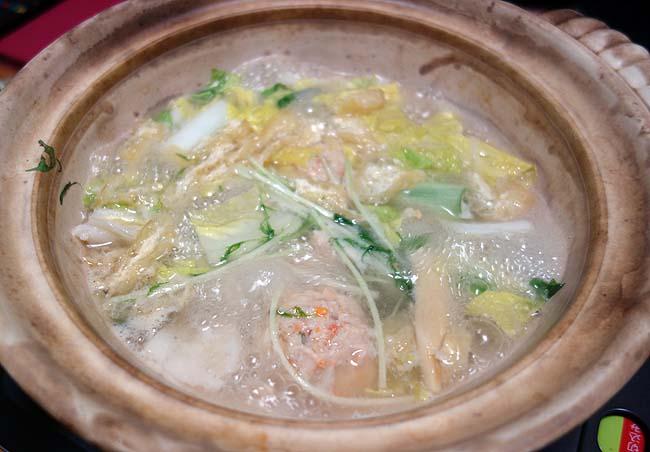 この業務スーパー直輸入調味料があればタイ料理のタイスキ鍋もお手軽簡単に仕上がります!