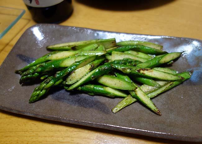 晩酌小ネタシリーズ♪野菜を使った簡単調理ものとこの食材の季節になりましたね半額タラの白子ポンズ