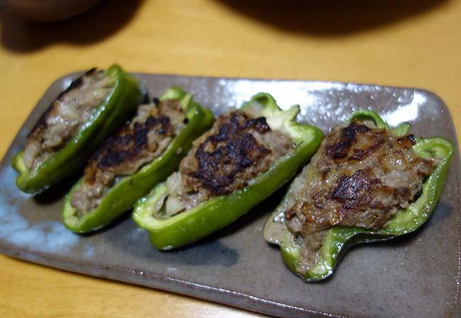 本日の晩酌のアテ小ネタ集~イカのごろ焼き・生タコのカルパッチョ・ポークチャップ・ピーマン肉詰め・小松菜ツナ和え