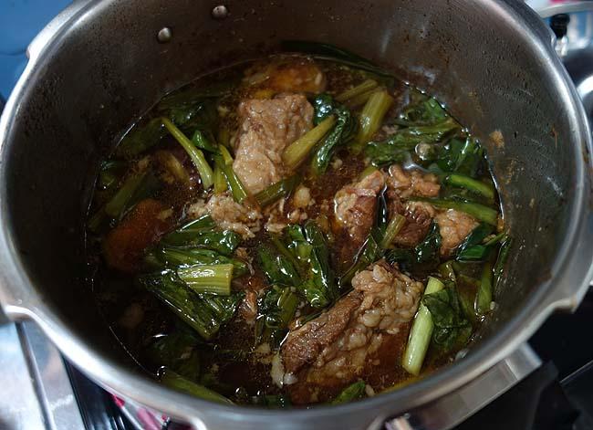 95円の豚パイカ(バラ軟骨)をメイン食材に圧力鍋を使った中華風煮込みの味は?