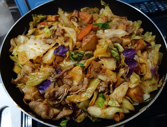 中華風豚肉味噌野菜炒めを沖縄食材コンビーフハッシュでアレンジ