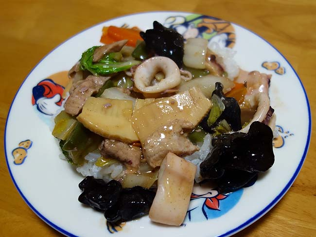中華丼大好き!八宝菜は食材さえちゃんと準備できたら簡単な料理ですよね