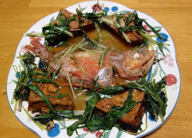これが高級魚「きんき」の味か・・・過去食べた魚の煮付け料理の中でナンバー1に旨かったかも