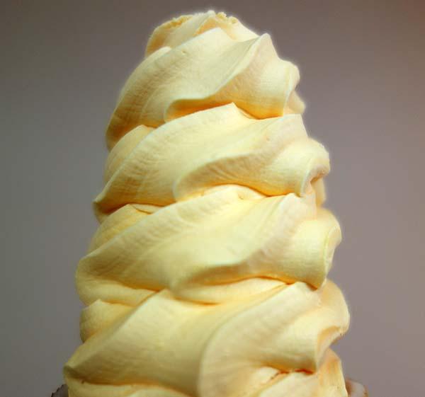 北海道観光で絶対食べて欲しい品!セイコーマート「北海道メロンソフト」