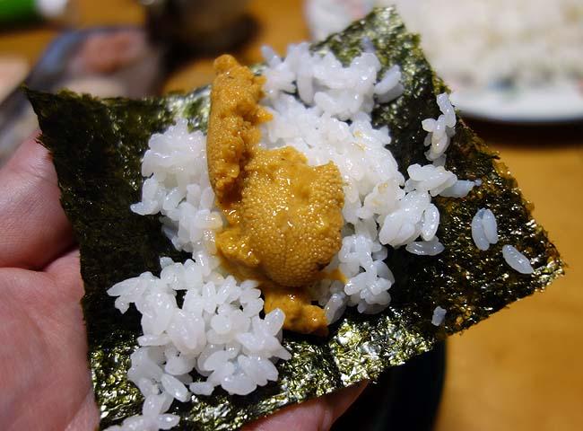 るもい市で殻付きウニをゲット!残りもんで手巻き寿司♪海苔は楽天マラソン購入です