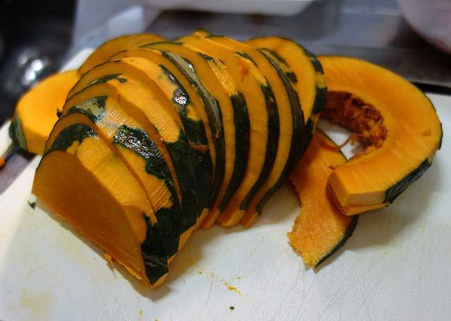 大量かぼちゃの消費・・・イカと豚肉も使って生まれて初めての「天ぷら」作り
