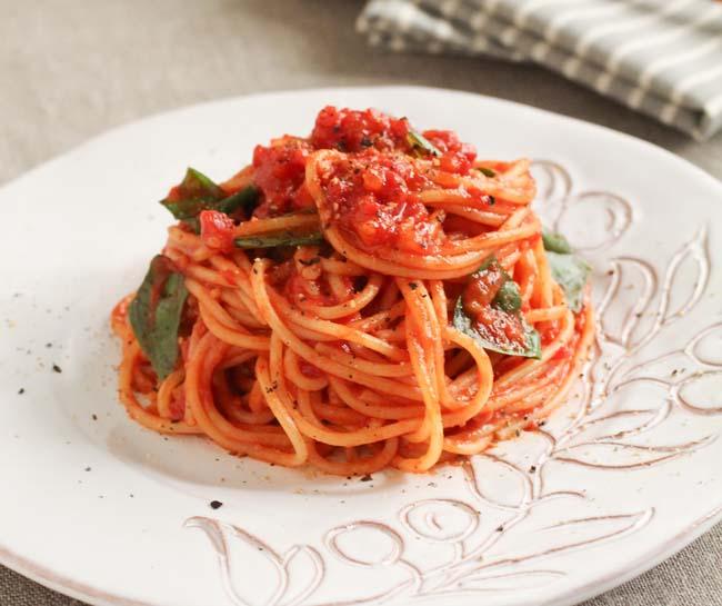 トマトが例年の半値!もっとトマトを使った料理レパートリーを考えないと・・・