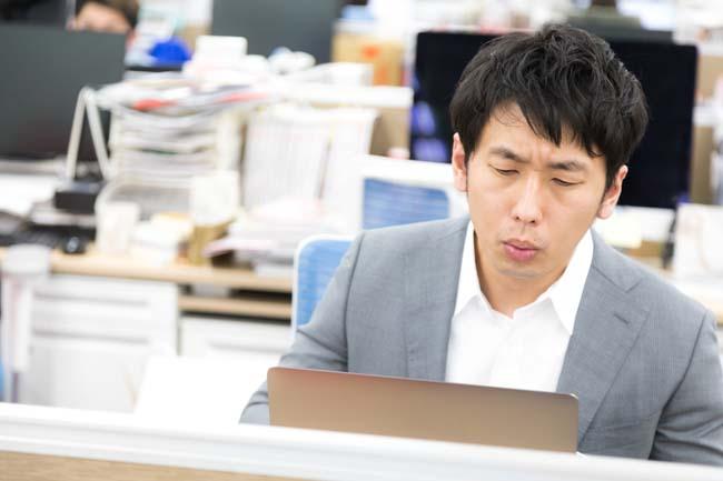 過去の職場で働いている夢を度々見るセミリタイア生活・・・寝起き悪いわ