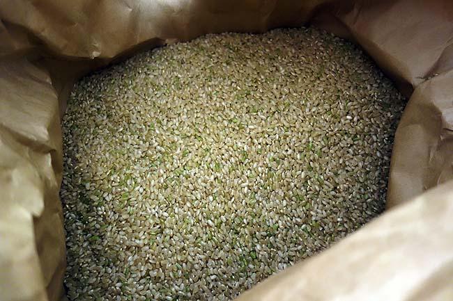 主食となる「米」は地元農家と直接契約をすることにより節約!上質「ゆめぴりか」が30kgで7000円!