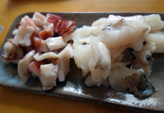 まったり昼呑みでワイン飲むのに最適!たこ焼き器を使った「アヒージョ」鱈・たこ・ムール貝・海鮮ミックス