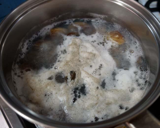 魚介の風味たっぷり!あさりとイカを使った炊き込みご飯は酒のアテにもなります