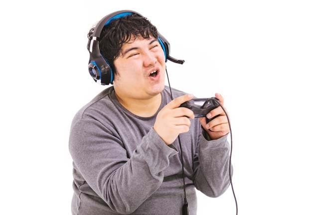 仕事をやめてゲームばっかり興じてる方・・・そのゲーム機ぶっ壊しましょうよ!