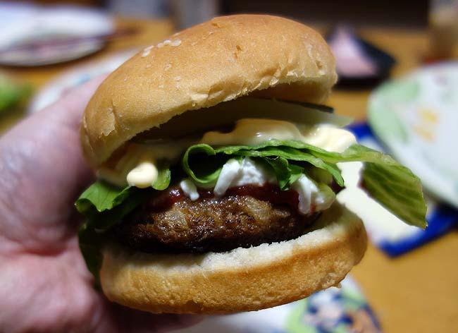 【アラフィフ無職おっさん貧乏飯】1ヵ月2人生活食費3万円実証シリーズ(その5)和牛100%ハンバーガー~インドカレー~黒かれい煮付け