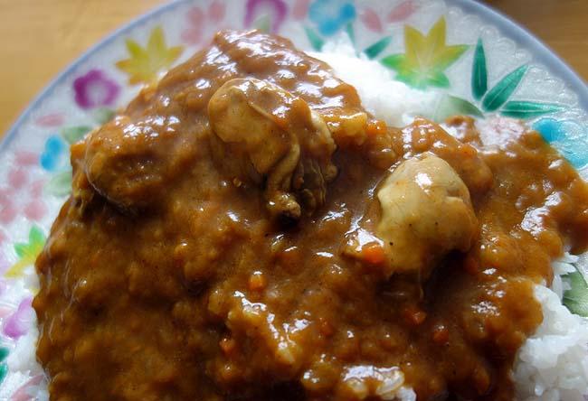 広島名産牡蠣を使ったレトルト「かきカレー」のその味は?