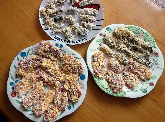 今シーズン初めて見つけた半額サロマ湖産牡蠣!一口豚肉と一緒にカキフライにします