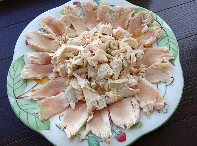 ビッグ100g35円の鶏むね肉を使った2種類タレ「カオマンガイ」チキンライス